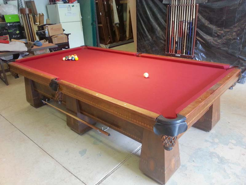 Brunswick Balke Collender Medalist Pool Table For