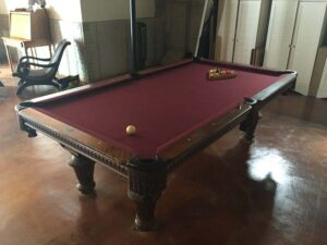Kasson Stratford 8' pool table.